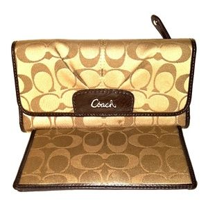 Coach Ashley Signature Large 2pc Checkbook Wallet